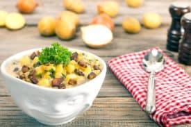 Zum Rezept Kartoffelsuppe Deluxe