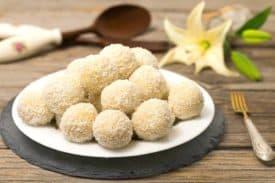 Rezept Kokos Grieß Bällchen