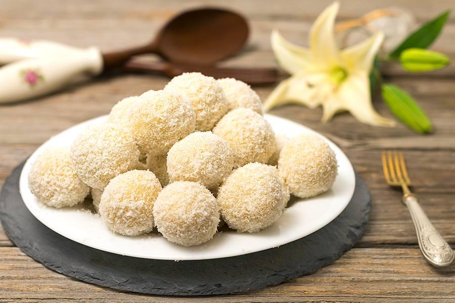 Kokos Grieß Bällchen - So einfach, so lecker!