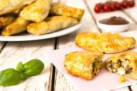 Hendl Kukuruz Empanadas