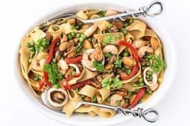 Meeresfrüchte Pasta mit Erbsen